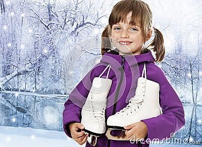 Meisje met schaatsen in een de winteraard royalty vrije stock foto afbeelding 25784005 - Foto tiener ruimte meisje ...
