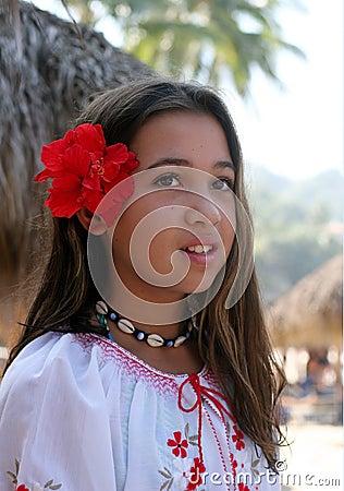 Meisje op een tropisch eiland
