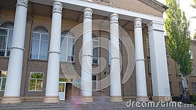 Melitopol, Ukraine, la construction d'un collège agricole banque de vidéos