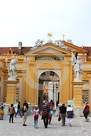 De hoofdingang van de Abdij van Melk in Lager Oostenrijk Redactionele Stock Foto