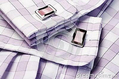 Men�s shirt with cufflinks