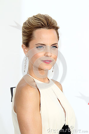 Mena Suvari arriving at the AFI Life Achievement Award Honoring Shirley MacLaine Editorial Photography