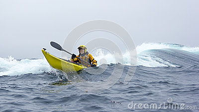 MENDOCINO, CALIFORNIA, USA - JUNE 8. Kayaker paddle open coast o Editorial Image