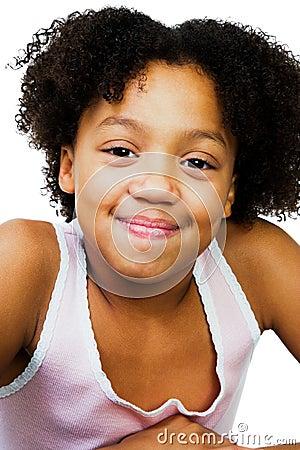 Menina bonita que smirking