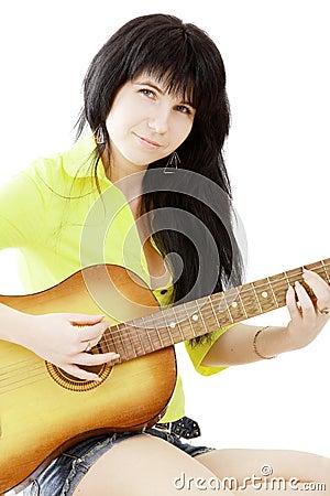 Menina com uma guitarra