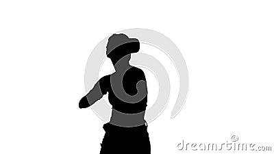 Menina de Silhouette Cute dançando enquanto ela tem seu RV ativado Hora da dança video estoque