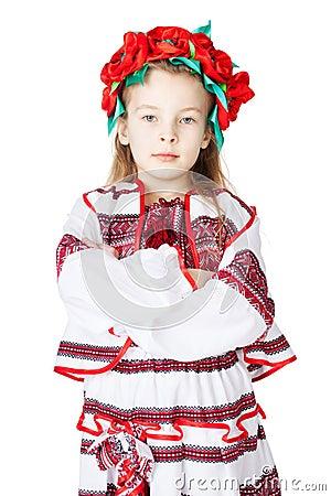 Menina ucraniana no traje nacional