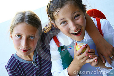 Meninas felizes da escola