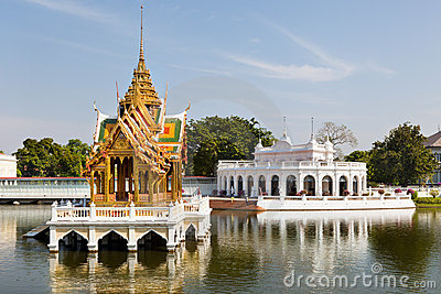 Mening van Phra Thinang Wehart Chamrun in de Pijn van de Klap