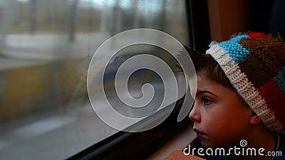 Menino do trem vídeos de arquivo