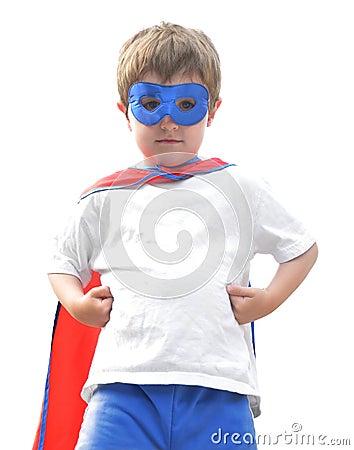 Menino super bravo do herói no branco