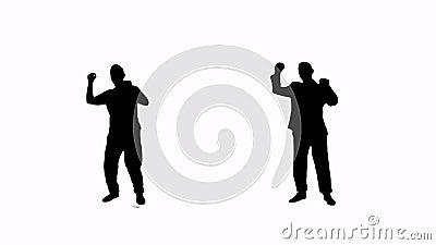Mens die en van silhouet springen genieten stock video