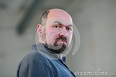 Mens met een baard