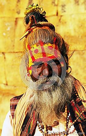 Mensen tijdens Festival Holi Redactionele Stock Foto