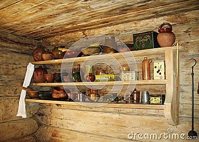 Mensola antica per gli utensili della cucina fotografia - Mensole per cucine ...
