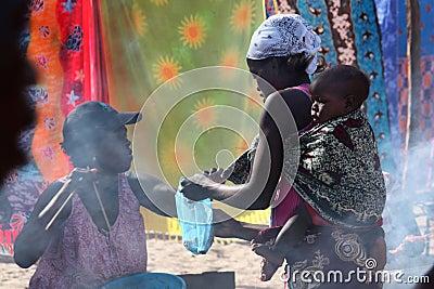 Mercado em Tofo, Mozambique Fotografia Editorial