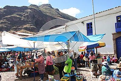 Mercado peruano Foto de archivo editorial