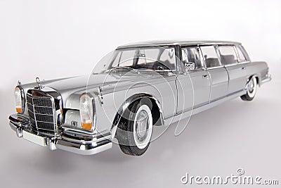 Mercedes Benz 600 metal scale toy car wideangel