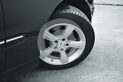 Mercedes Benz Car With 6 Spokes Wheel Free Public Domain Cc0 Image