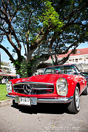 Mercedes Benz SL Pagode on Vintage Car Parade Editorial Photography