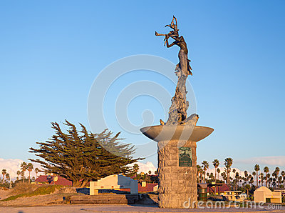 Mermaid statue entrance Ventura harbor