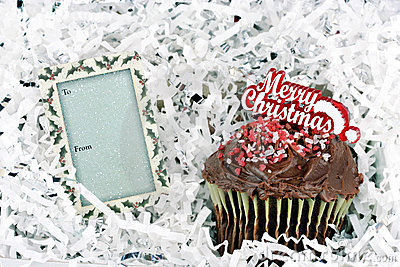 Merry Christmas Chocolate Cup Cake and Gift Tag