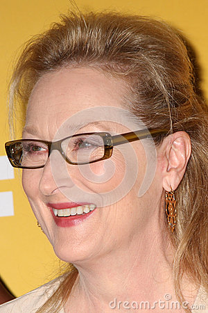 Meryl Streep arrives at the City of Hope s Music And Entertainment Industry Group Honors Bob Pittman Event Editorial Photo