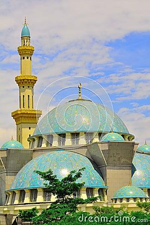 A mesquita bonita de Wilayah Persekutuan
