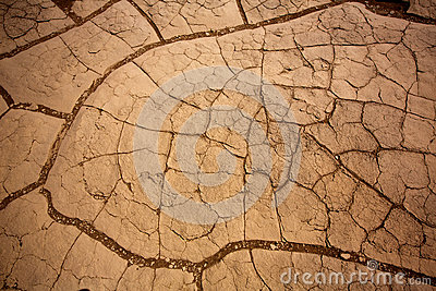 Mesquitedyn torkade leradetaljen i Death Valley