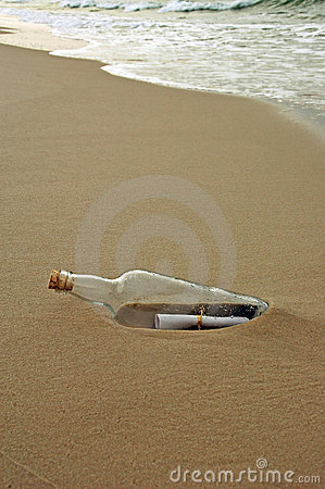 Free Message In A Bottle Royalty Free Stock Photo - 2960765