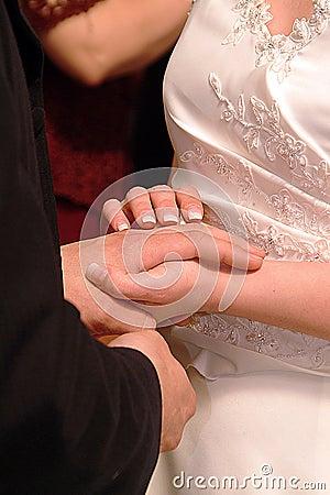Met deze ring