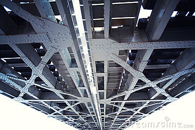 Metal bridge structure