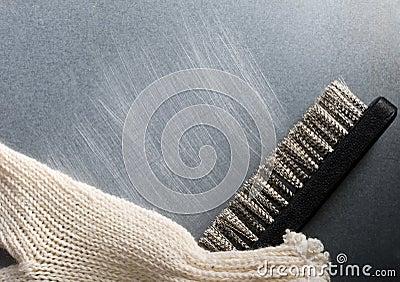 Metal brush with glove