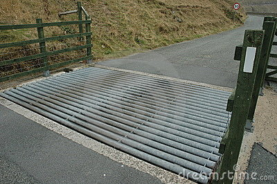 Metal cattle grid