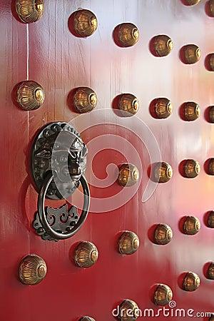 Free Metal Door Knocker With Dragon Lion Engraving Royalty Free Stock Image - 4509646