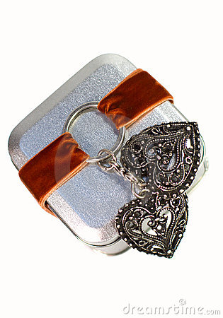 Metal gift box with decorative heart