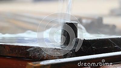 Metal quente refrigerar de água filme