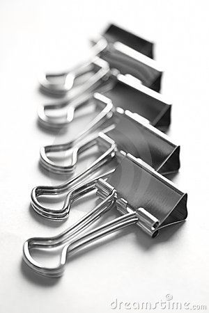 Free Metalic Paper Clips Royalty Free Stock Image - 2126256