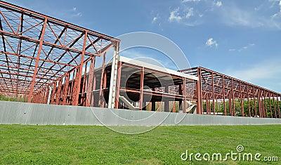 Metallic site construction
