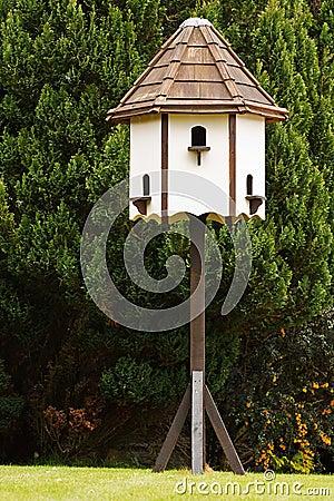 Meubilair van de duiventil het decoratieve tuin royalty vrije stock foto afbeelding 31262775 - Meubilair van de ingang spiegel ...