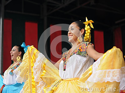 Mexican folkloric dancer Editorial Stock Photo
