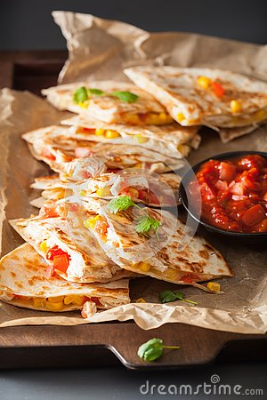 Free Mexican Quesadilla With Chicken, Tomato, Sweet Corn And Cheese Stock Photo - 133020560