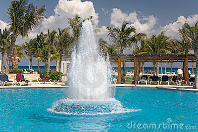 Mexico pool ocean waterworks