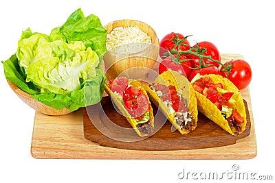 Mexikanische Burritos mit Bestandteilen