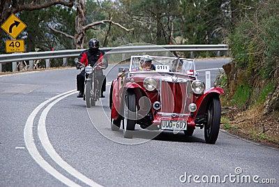 Mg 1948 TC auf Weinlese-Auto-Lack-Läufer Redaktionelles Stockbild