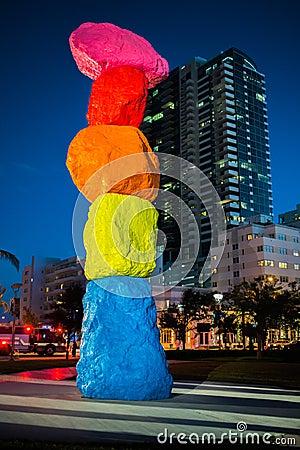 Free Miami Mountain In Miami Beach Stock Images - 106700424