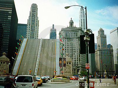 Michigan Avenue Bridge raised, Chicago
