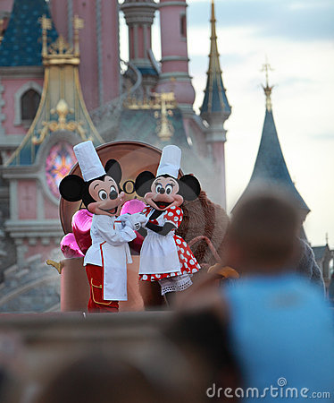 Mickey & Muis Minnie Redactionele Afbeelding