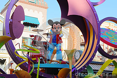 Mickey in Disneyland parade Editorial Photo