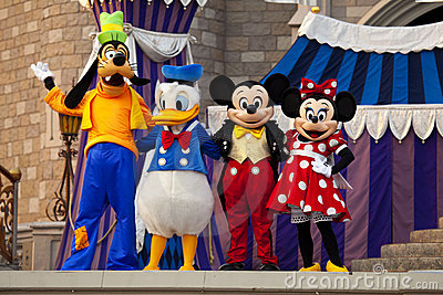 Mickey en Minnie Muis, Donald Duck en Goofy Redactionele Foto